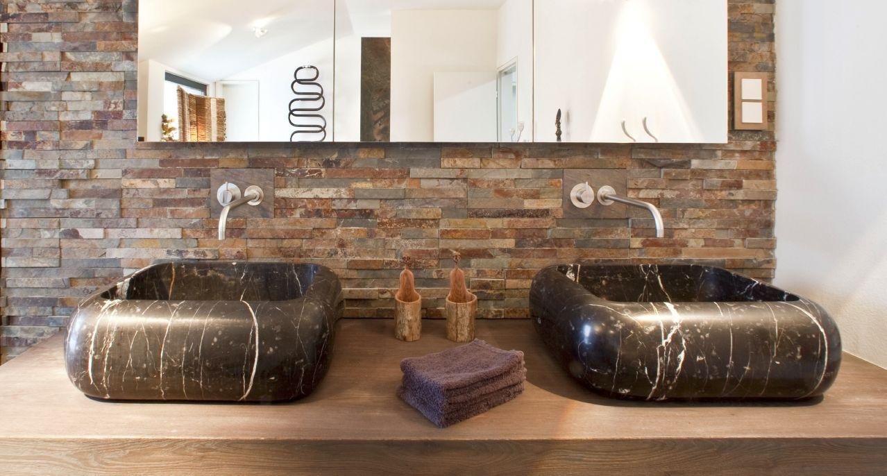 Massiv Waschbecken aus Naturstein afrikanischer Stil